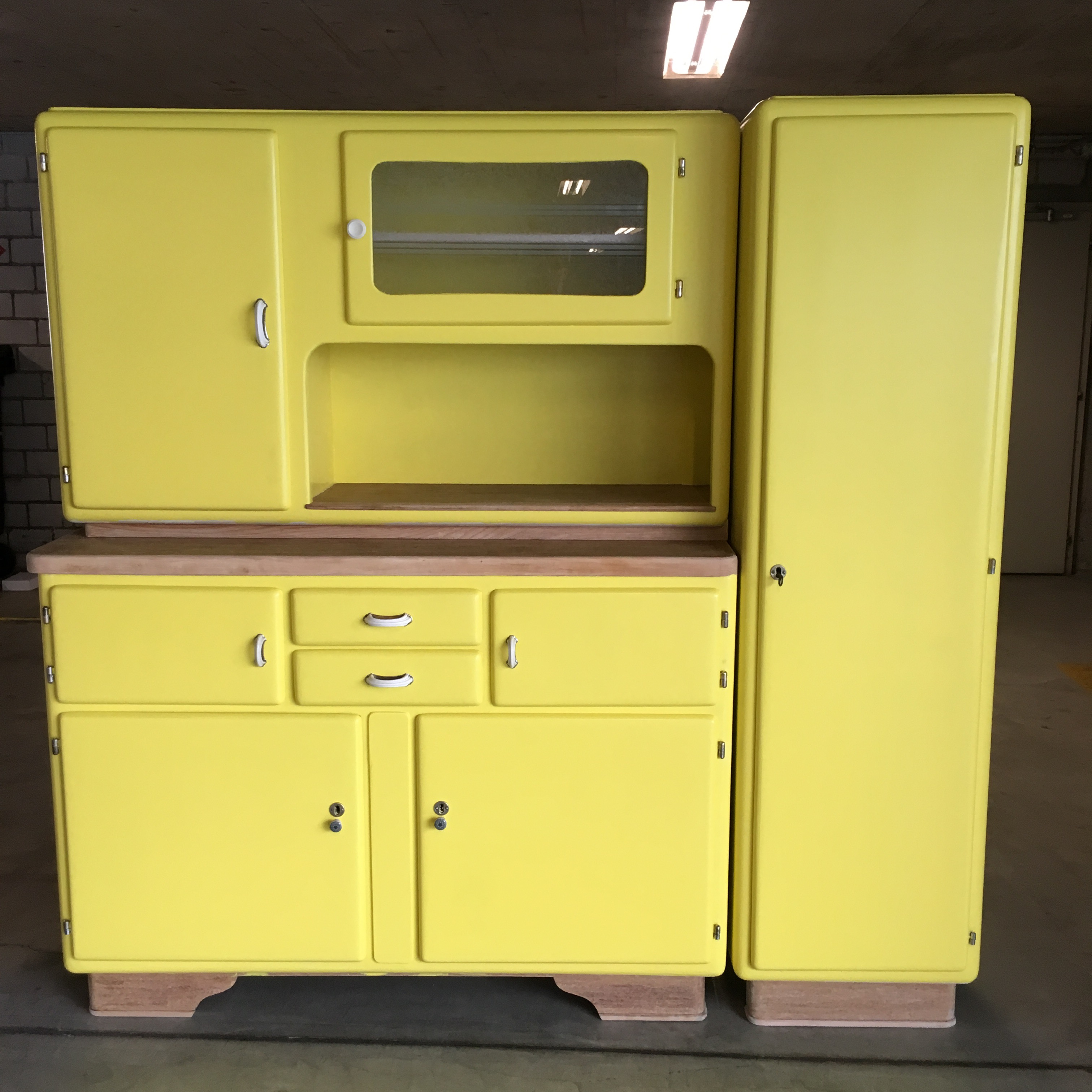 Vintage 50`s kitchen unit.